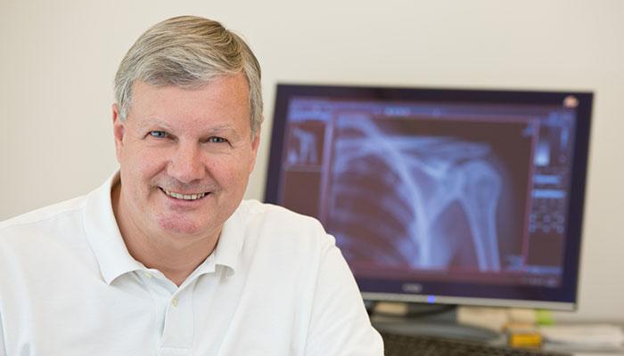 Dr. Wolfgang Mayer
